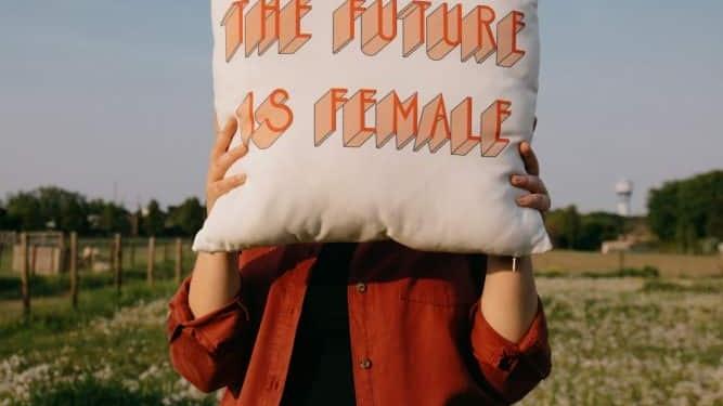 Journée de la femme = journée de la femme immigrante